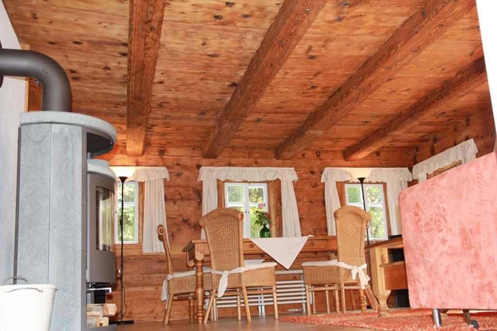 Holzbalkendecke Wohnzimmer ~ Die neuesten ...